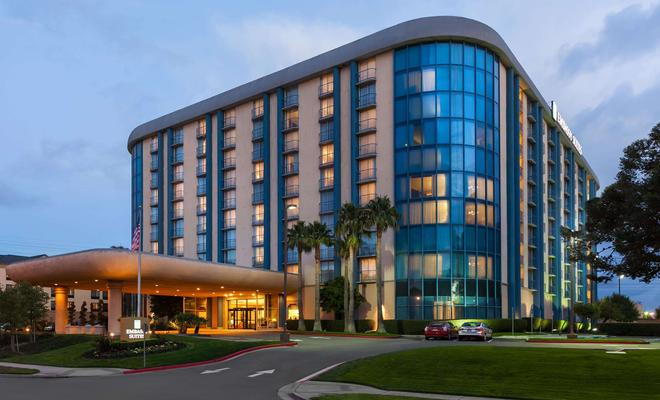 Embassy Suites by Hilton San Francisco Airport